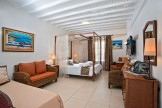 mykonos-junior-suites-01