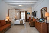 mykonos-junior-suites-02